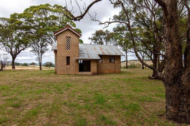 1042 Middle Arm, NSW 2580