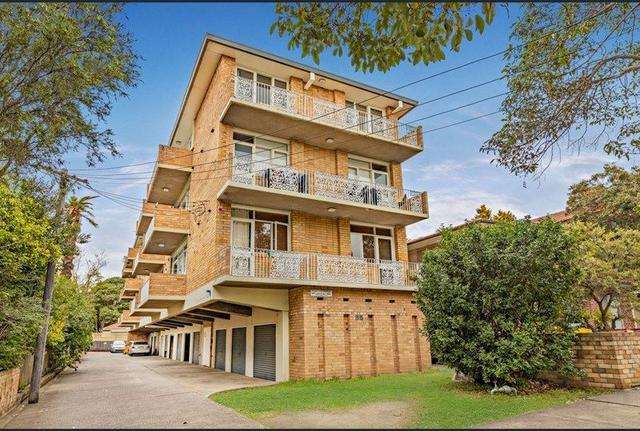 8/35 Orpington Street, NSW 2131