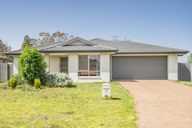 43 Claret Ash Drive, NSW 2365