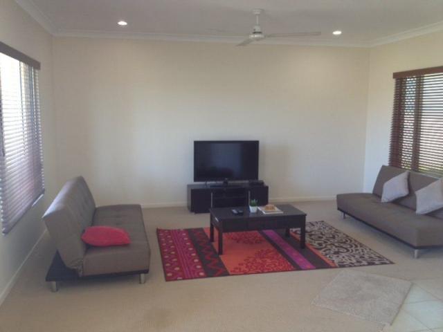 19 Seabreeze Crescent, QLD 4805