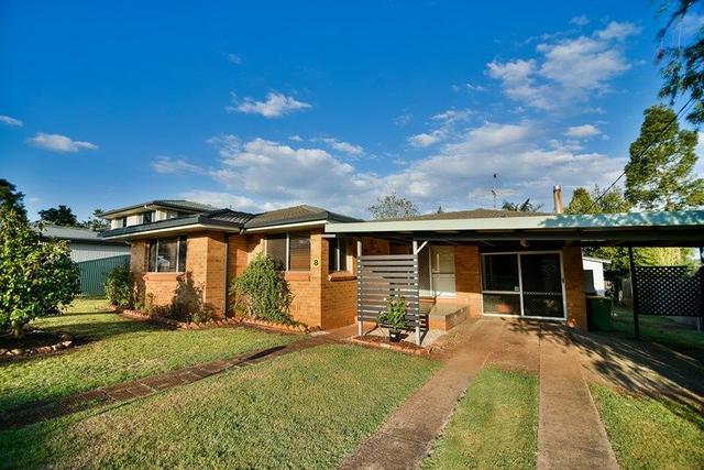 8 Raelyn Street, QLD 4350