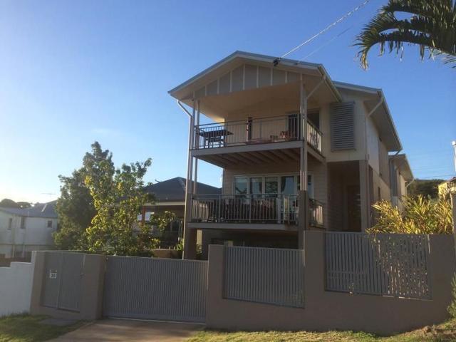 30 Charteris Street, QLD 4064