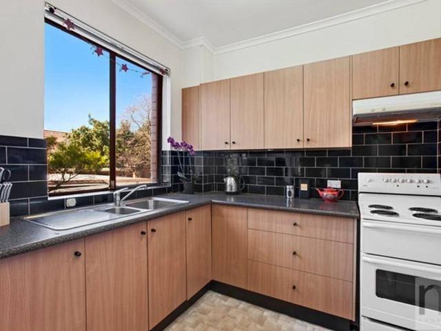 1/96 Macauley Street, NSW 2040