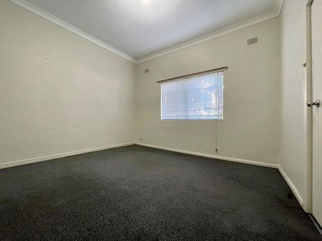 1/15 Brown Street, NSW 2042