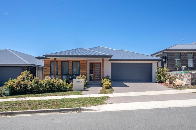 8 Daisy Loop, NSW 2620
