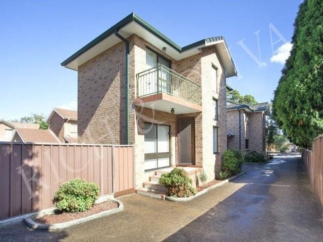 2/186 Croydon Avenue, NSW 2133