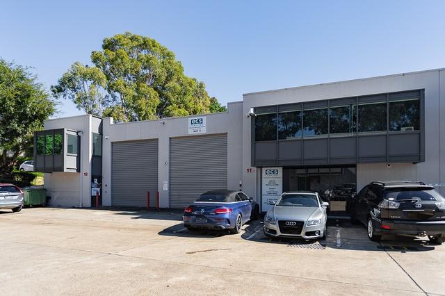 11 & 12/10 Victoria Avenue, NSW 2154