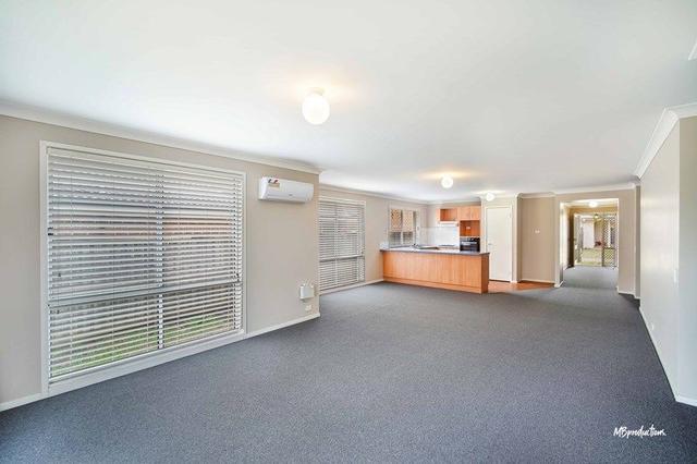 15 Oakwood Place, NSW 2530