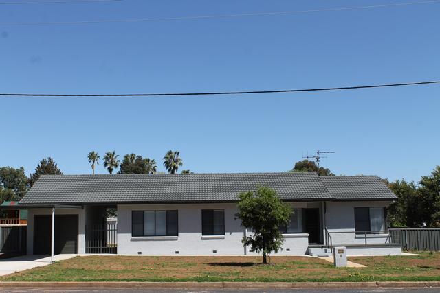 8 Nandoura Street, NSW 2852