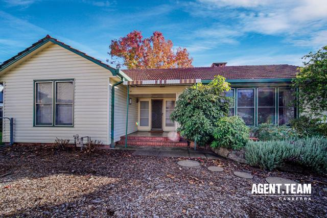 4 Tooma Place, ACT 2604