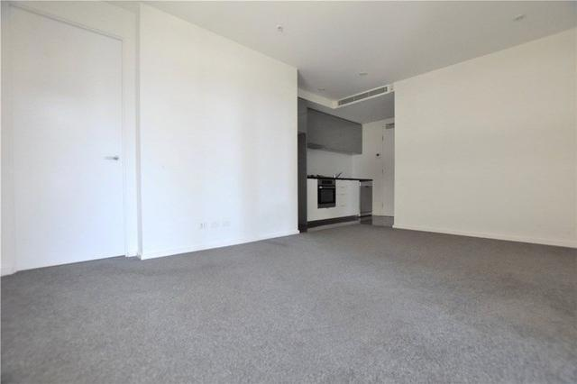 2407/151 City Road, VIC 3006
