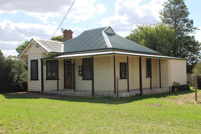 6 Nandoura Street, NSW 2852