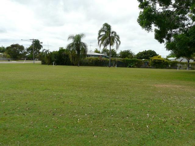 69 Mackenzie Street, QLD 4807