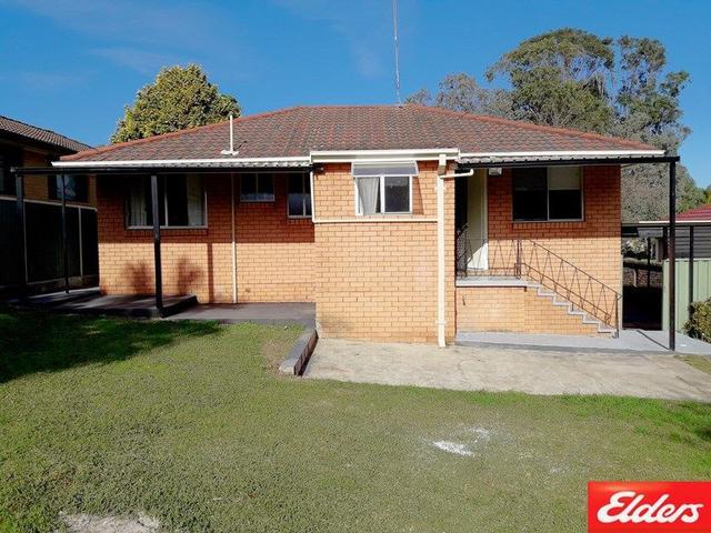 6 Solander Street, NSW 2560