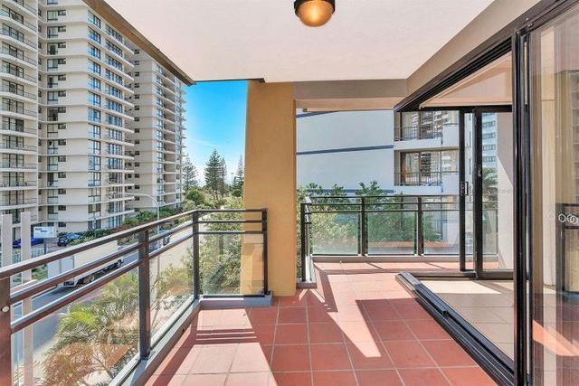 7/10 Albert Avenue, QLD 4218