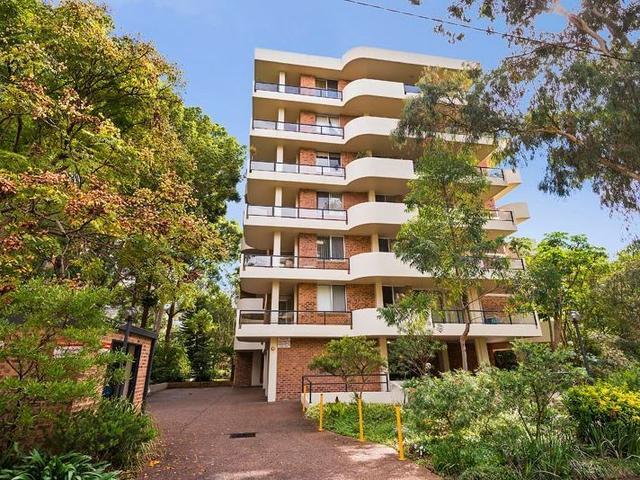 16/2 Parkside Ln, NSW 2067