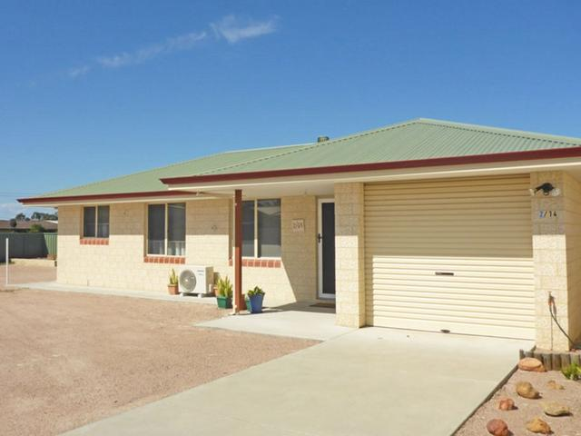 2/14 Treasure Road, WA 6450