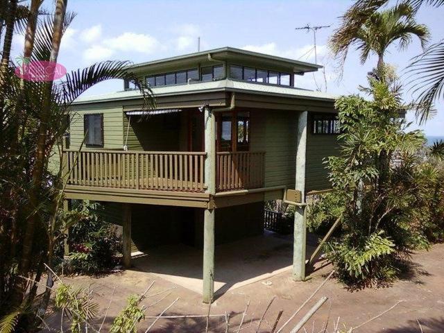Villa 1,/2 Admiralty Street, QLD 4852