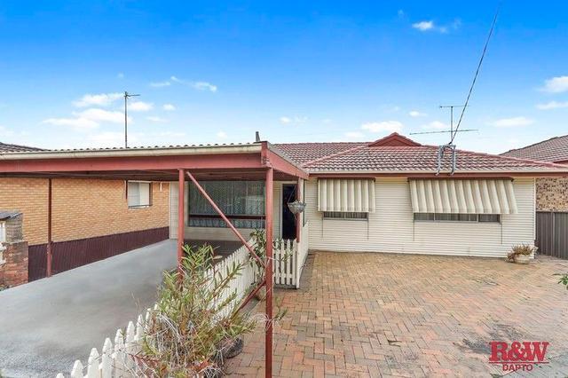 35 Gerard Avenue, NSW 2526