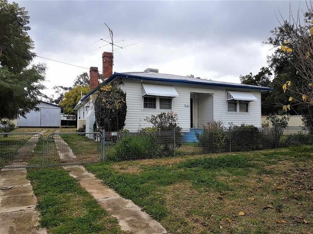 13 Laurel St, NSW 2352