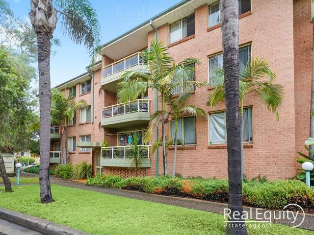 21/6 Mead Drive, NSW 2170