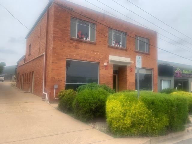Whole Property/8 Lyell Street, ACT 2609