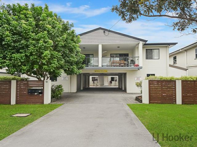 2/18 Seeney Street, QLD 4034