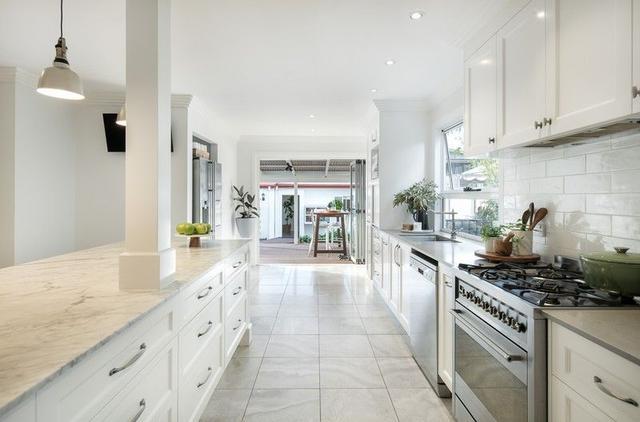 77 Highlands Street, QLD 4012