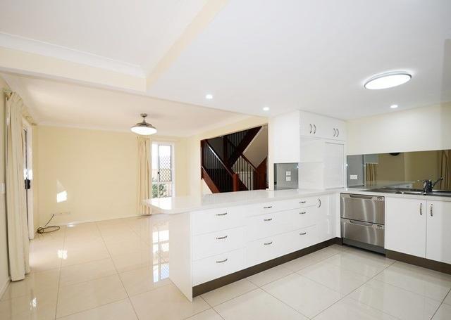 Unit 12/39 Blantyre Rd, QLD 4122