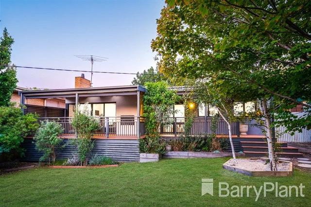 18 Fairbrae Avenue, VIC 3216