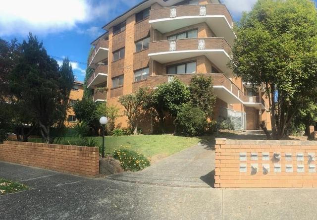 5/27 Walton Crescent, NSW 2046