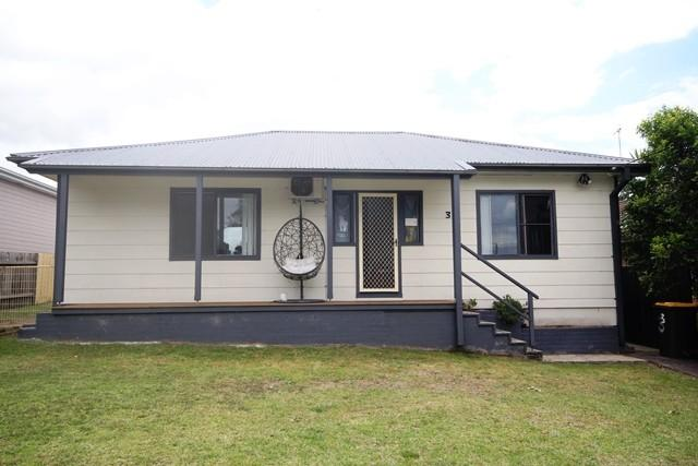 3 Mulgen Cres, NSW 2541