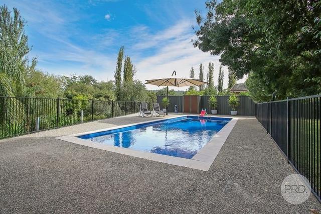 586 Manns Street, NSW 2641