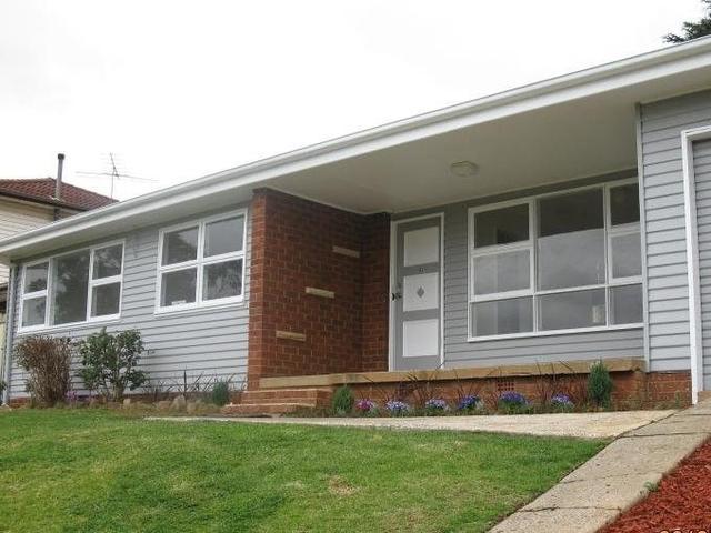 16 Lawn Avenue, NSW 2560