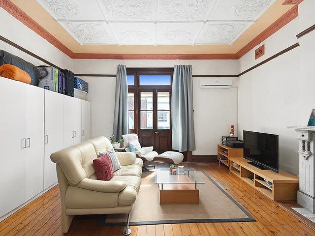 12 Crinan Street, NSW 2193