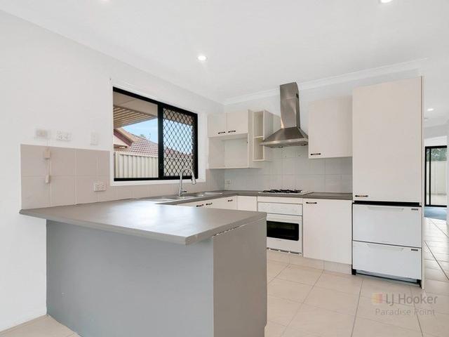 5 Raphael Street, QLD 4216