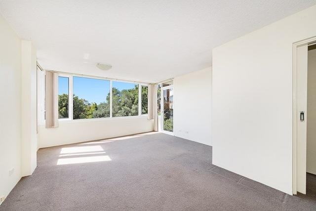 3/142 Old South Head Road, NSW 2023