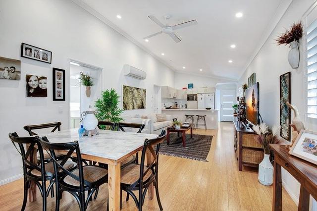 205/319 Bradman Avenue, QLD 4558