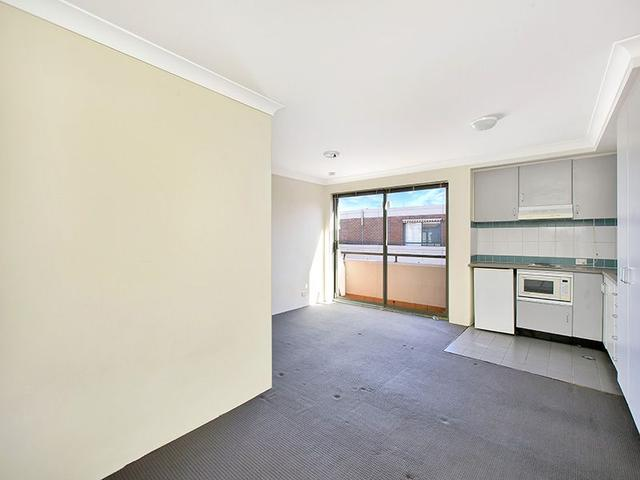 74/4-8 Waters Road, NSW 2089