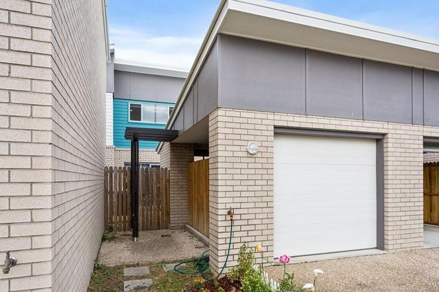 56 Lamington Drive, QLD 4301