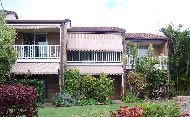 Unit 2/6-8 Beach Road, QLD 4655