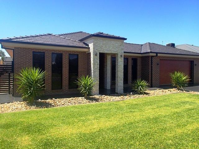 11 Sophia Cl, NSW 2646