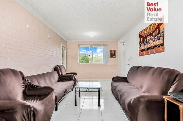 8/29 Santley Crescent, NSW 2747