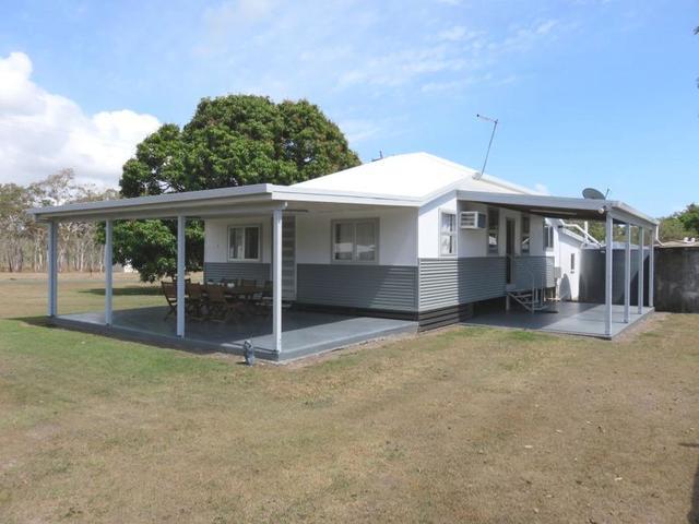 12 Croker, QLD 4798