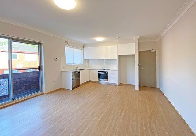 12/2 Macintosh Street, NSW 2020