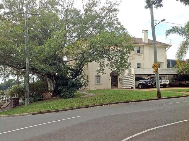 4/4 Jerdanefield Road, QLD 4067