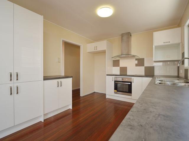 9 Peters Crescent, QLD 4680