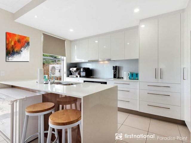 11/2 Waters Close, QLD 4212