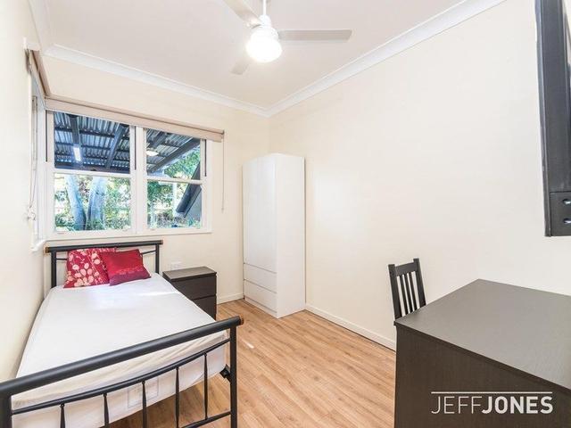 Room 3/92 Layard Street, QLD 4121
