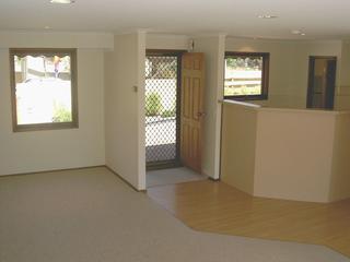 Entrance & kitchen